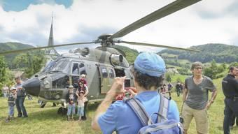 Flugshow zu Ehren von Flugpionier Oskar Bider