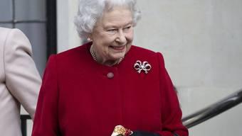 Die Queen ist nach ihrer Magen-Darm-Grippe noch nicht in Feierlaune und sagte einen weiteren Termin ab (Archiv)