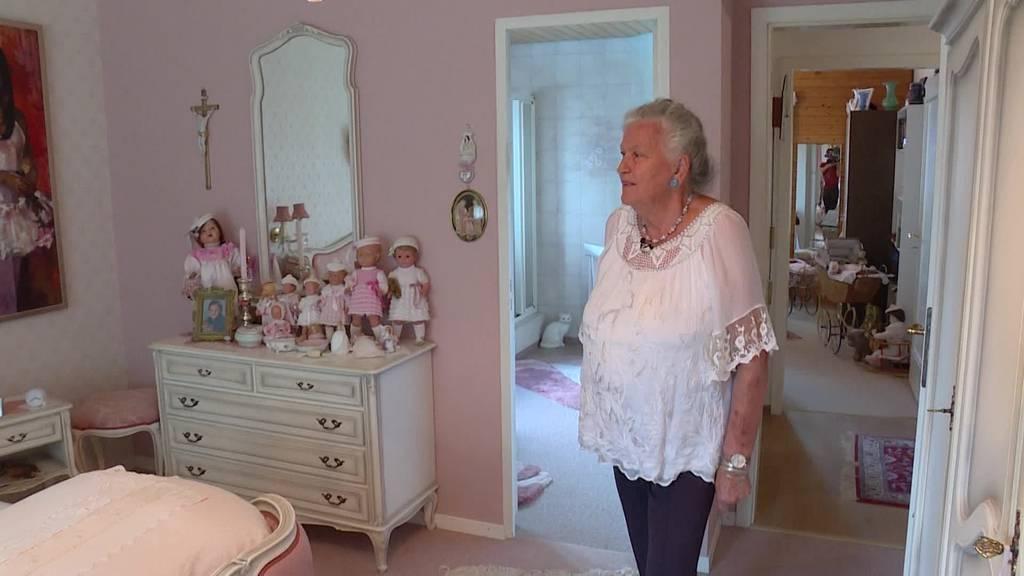 Ruth aus Mosnang lebt mit über 100 Puppen