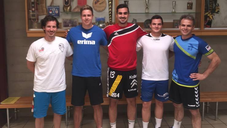 Fabian Ammann (Trainer), Christian Amrein (Torhüter), Armin Sarac (Rückraum links), Jonathan Knecht (Rückraum rechts), Michael Spuler (Trainer).