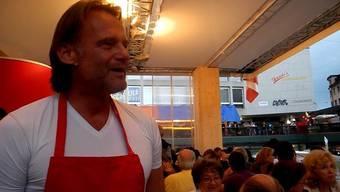 Jörg Stiel, Ex-Nati-Goalie, kocht am Stadtfest