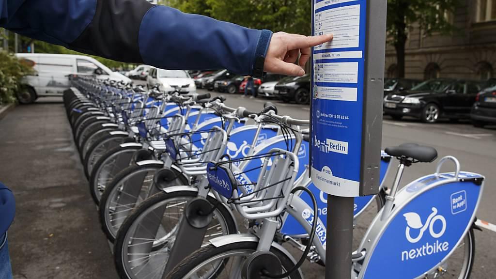 Leihvelos der deutschen Firma Nextbike sind in der Stadt Luzern im Umlauf. (Archivbild)