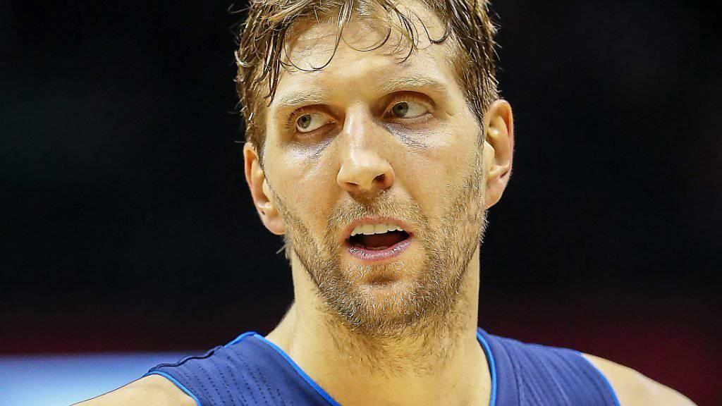 Dirk Nowitzki kündete seinen Vertrag bei den Dallas Mavericks