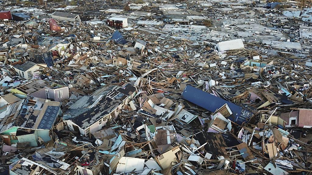 Noch 2500 Vermisste nach Hurrikan auf den Bahamas