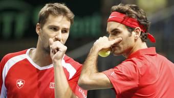 Marco Chiudinelli und Roger Federer: Die zwei Jugendfreunde wurde beide Tennisprofi, leb(t)en aber in zwei komplett unterschiedlichen Welten.