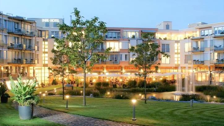 Harter Schlag für das Park-Hotel in Bad Zurzach: Dem Viersternehaus fehlen bald die Patienten der Schulthess Klinik.Archiv