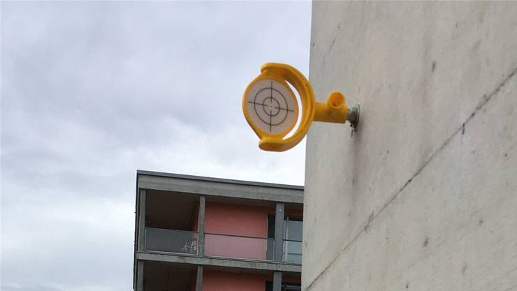 Die gelben Zielscheiben dienen als Baufixpunkte.