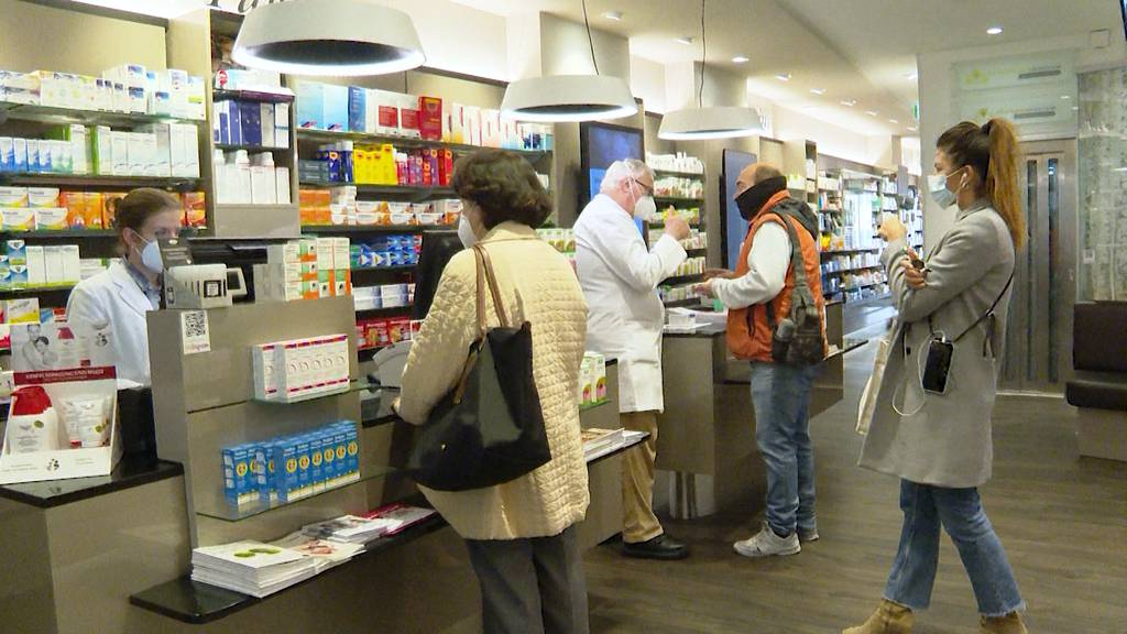 Erste Zürcher Apotheken führen ab heute Corona-Tests durch