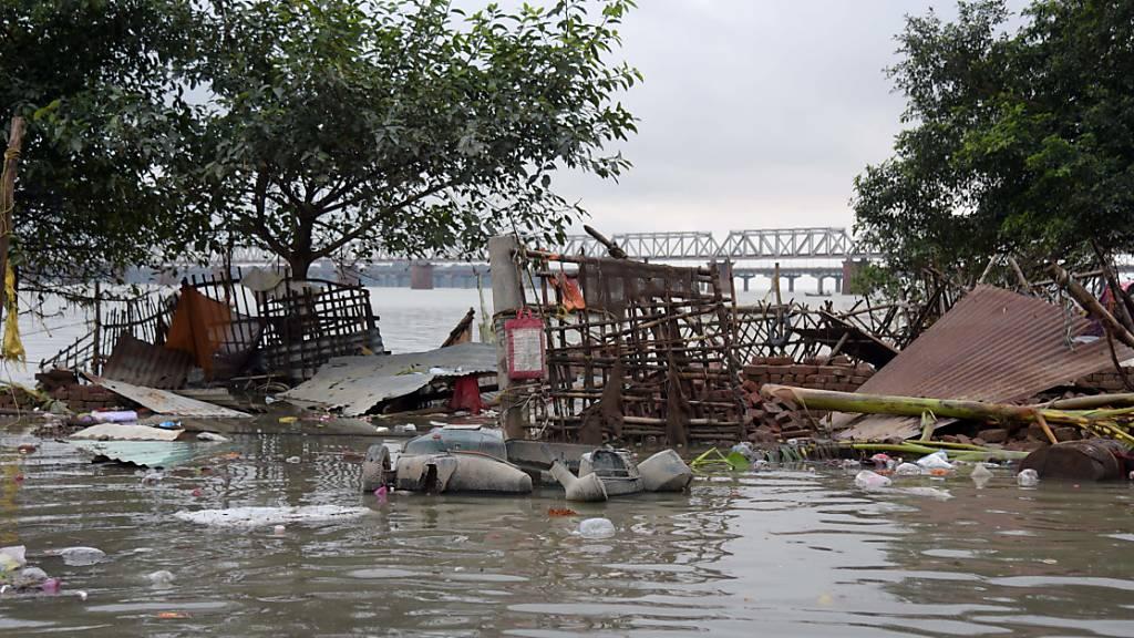 Zahl der Todesopfer durch Unwetter in Indien steigt auf 120