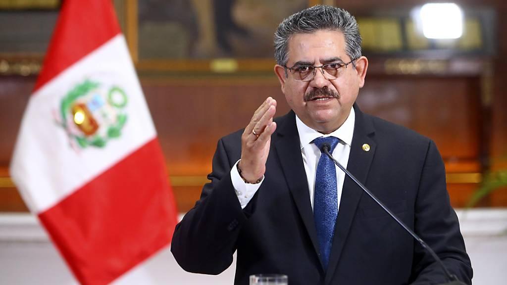Übergangspräsident Perus nach Protesten zurückgetreten