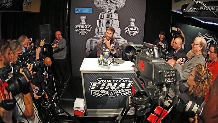 Joe Thornton vor dem ersten Spiel in der Finalserie um den Stanley Cup zwischen den Pittsburgh Penguins und den San Jose Sharks
