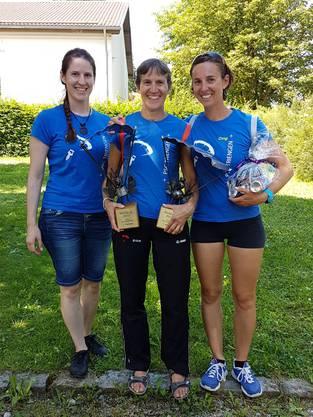 Barbara, Erica und Christina (v.l.) nach erfolgreichem World Cup in Peiting, Deutschland.