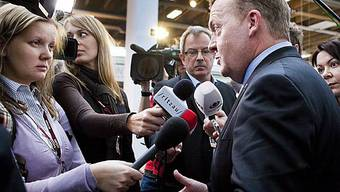 Gastgeber Rasmussen vor den Medien