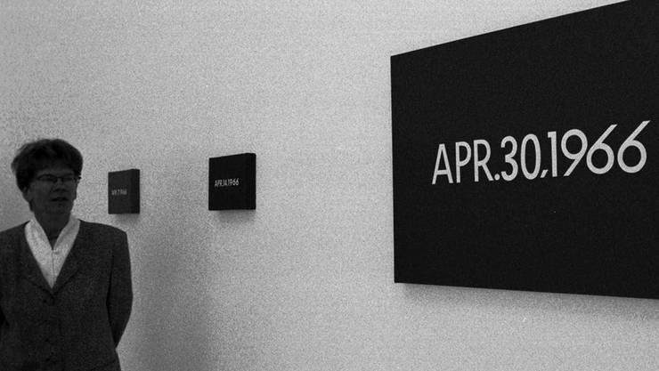 «Date Paintings» von On Kawara 1997 im Kunstmuseum St. Gallen. Über 2000 solcher Datumsbilder malte der radikale Konzeptkünstler. Key