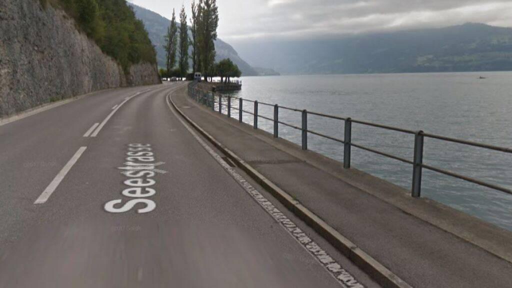 An dieser Stelle des Thunerseeufers, beim sogenannten Enteneck, wurde die Frau im Wasser gefunden.