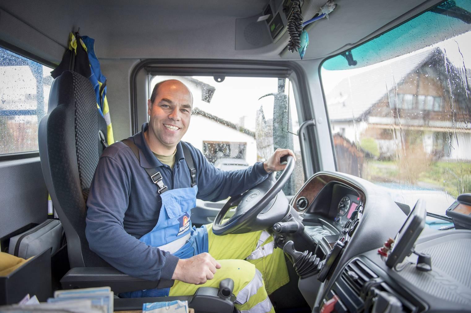 Daniel Braunwalder bei der Arbeit in Aktion. Bild: Urs Bucher / Tagblatt