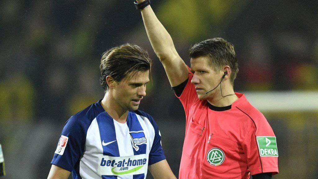 Valentin Stocker (links) ist nach seinem Platzverweis für drei Spiele gesperrt