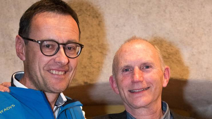 Die alt Präsidenten Stefan Schader (l.) und Andreas Burgener werden Ehrenmitglieder des SAC Weissensteins.