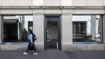 Leere Läden in der Innenstadt werden mehr: Unter anderem der Online-Handel macht dem Ladenbesitzern zu schaffen. Alexandra Wey/Keystone