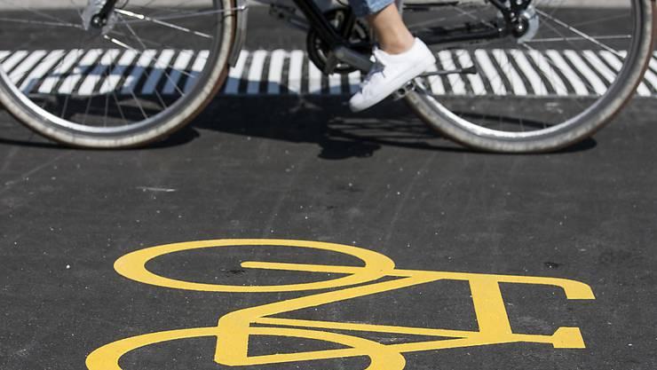 """Mit dem Velo zur Arbeit: 2018 beteiligten sich eine Rekordzahl von Arbeitnehmenden an der Aktion """"bike to work"""". (Archiv)"""