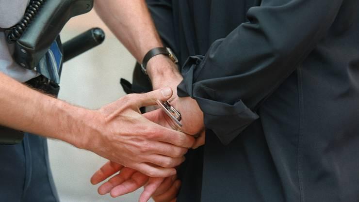 Drogendealer in Schlieren festgenommen (Themenbild).