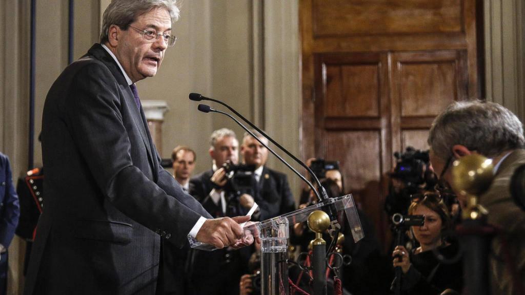 Der neu ernannte italienische Ministerpräsident Paolo Gentiloni hat die Zusammensetzung seiner Regierung präsentiert. Die meisten der 19 Minister sind für die Italiener bekannte Gesichter, da sie bereits im Kabinett von Gentilonis Vorgänger Matteo Renzi waren.