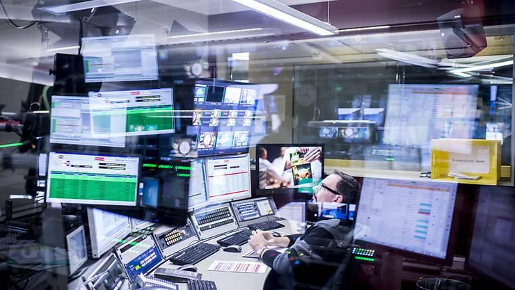 Die SRG darf ihre TV-Werbung in Zukunft auf Zielgruppen zuschneiden. Das schlägt der Bund vor. (Symbolbild)