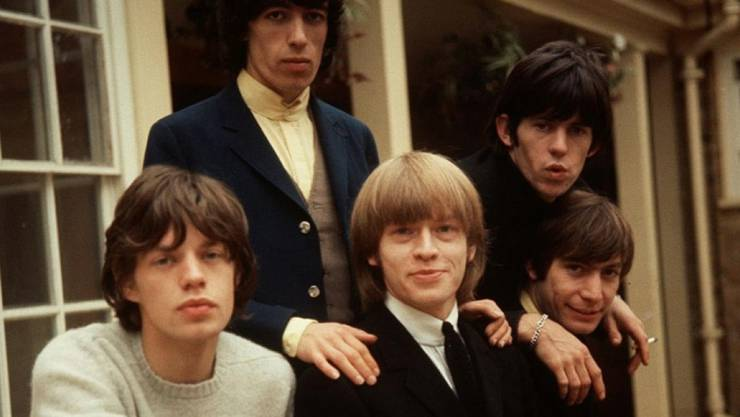 """Die """"ganzen"""" Stones mit Band-Mitbegründer Brian Jones in der Mitte. Bill Wyman (2.v.l.) sorgte dafür, dass sein Name auf eine Gedenktafel für Mick Jagger(l) und Keith Richards (r) draufkommt (Archiv)"""