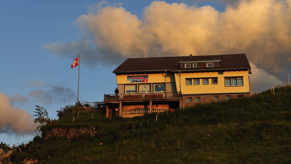 Restaurantgäste trotz Verbot? Untersuchung gegen Berggasthaus Ebenalp