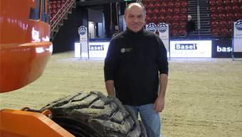 Christoph Socin 24 Stunden vor Beginn des Turniers in der schon fast fertigen Arena des CSI Basel. pp