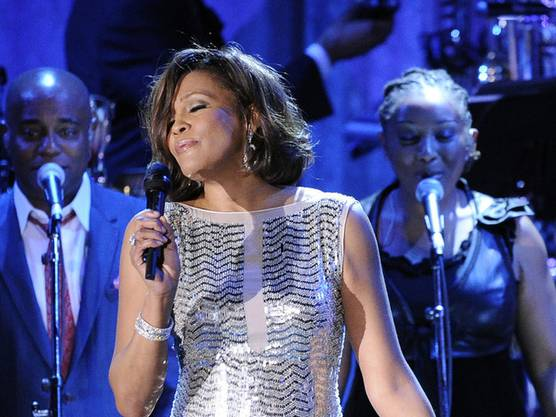 Whitney Houston bei einem Konzert in Beverly Hills vor einem Jahr