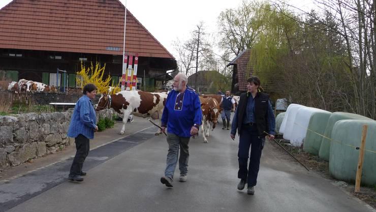 Vorab die Bauernfamilie Kyra, Hans und Denise Marti