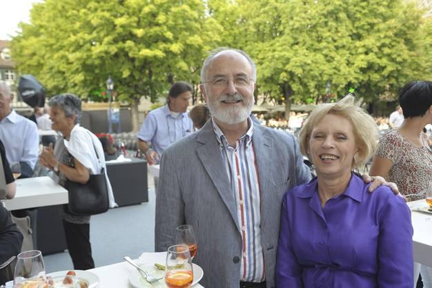 Der ehemalige Grossratspräsident Bruno Mazotti mit seiner Ehefrau Lynn.