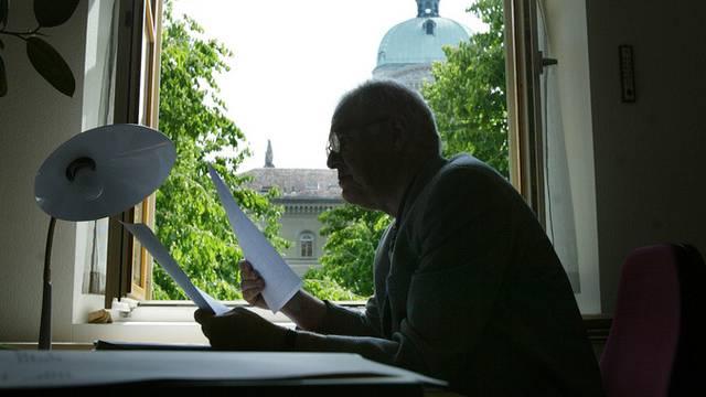 Bundesrat will Annäherung an Privatwirtschaft bei Anstellungsbedingungen (Archiv)