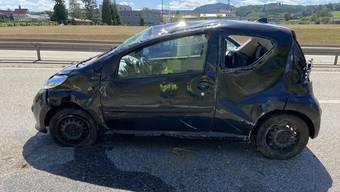 Oeschgen: Ein Auto überschlägt sich auf der A3.