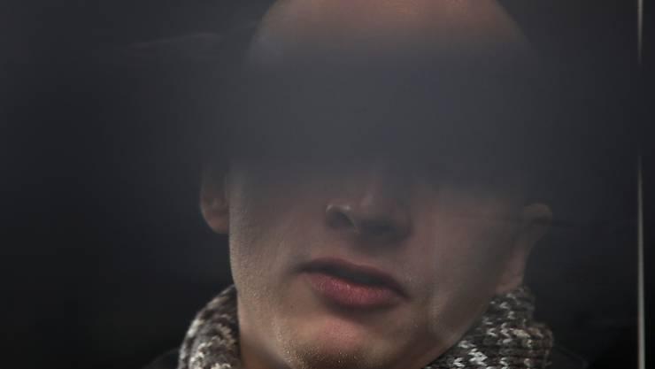 Die Bundesanwaltschaft wirft dem Attentäter von Halle 13 Straftaten vor, unter anderem Mord und versuchten Mord. Der Attentäter hatte am 09. Oktober 2019 am höchsten jüdischen Feiertag Jom Kippur versucht, in der Synagoge in Halle ein Blutbad anzurichten. Foto: Ronny Hartmann/dpa-Zentralbild/dpa