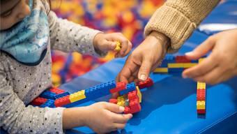 Zahlreiche Kinder werden im Fricktal von Tageseltern betreut.