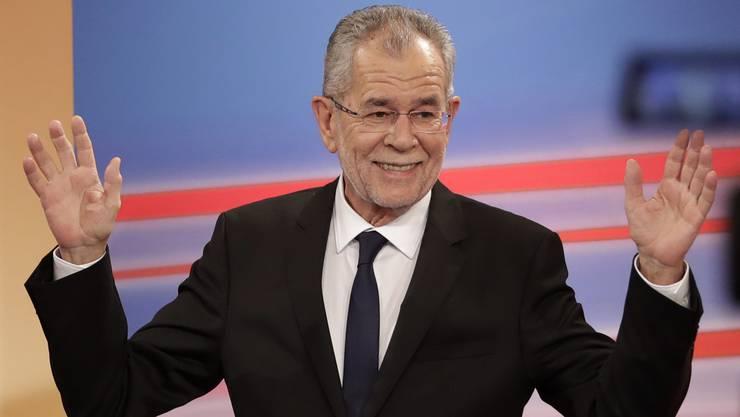 Der neue Bundespräsident von Österreich heisst Alexander Van der Bellen.