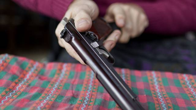 Bundesrat: Waffenverbot nicht mehr gerechtfertigt (Symbolbild)