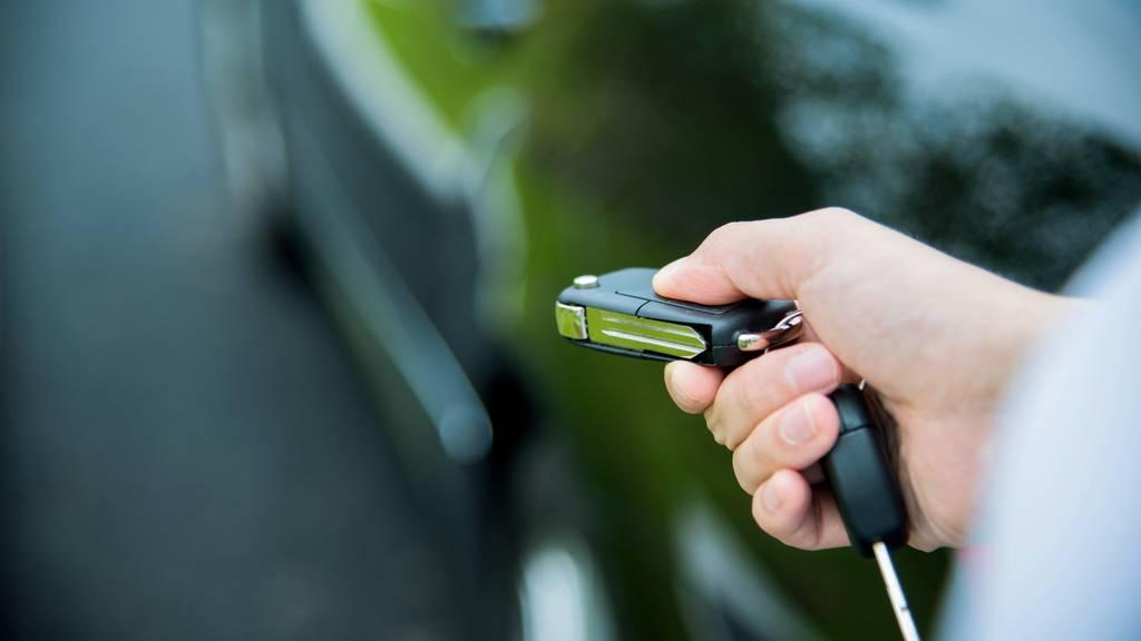 Strolchenfahrt mit 1,5 Promille: 17-Jähriger klaut Auto der Mutter