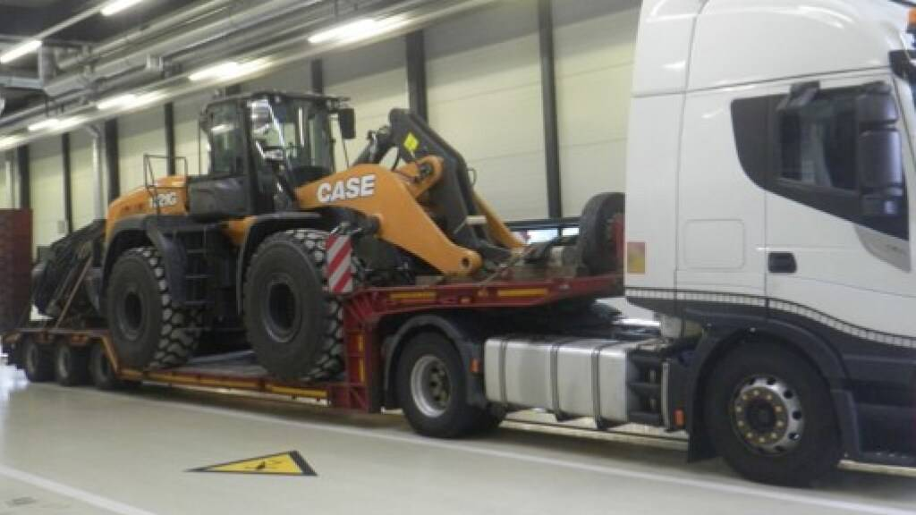 Drei Tonnen zu viel geladen: Polizei stoppt Ausnahmetransporter in Uri