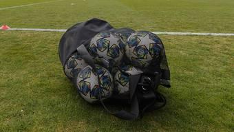 Die Trainings fallen aus, die Bälle bleiben im Sack: Bis Sonntag ist das Team noch in Quarantäne.