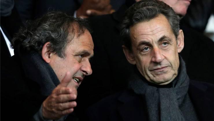 Welche Rolle spielten Michel Platini und Nicolas Sarkozy bei der Vergabe der Fussball-WM nach Katar?