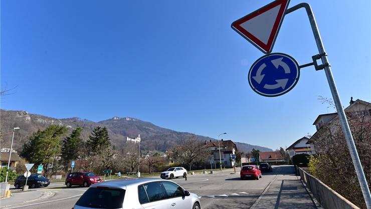 Der provisorische Kreisel an der Einfahrt zur Solothurnstrasse.