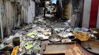 Zerstörte Marktstände nach dem Anschlag.