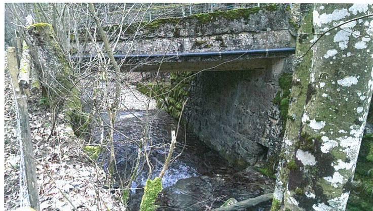 Die Bausubstanz der Brücke befindet sich in einem schlechten Zustand.