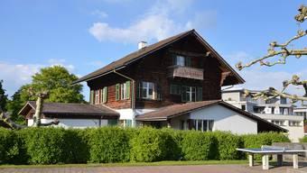 Im Notterhaus in Merenschwand sind Bibliothek, Jugendarbeit und Arbeitsräume der Schule untergebracht. Daran wird sich nichts ändern.
