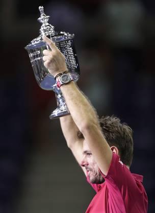 Die Hände zum Himmel: Wawrinka feiert seinen ersten US Open-Triumph