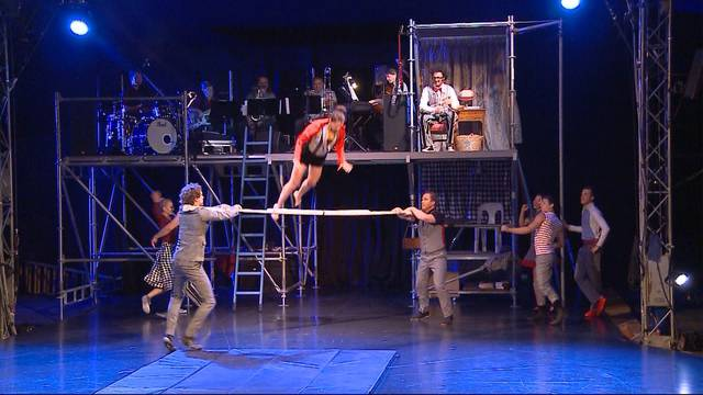 Zauberkiste im Zirkus Monti