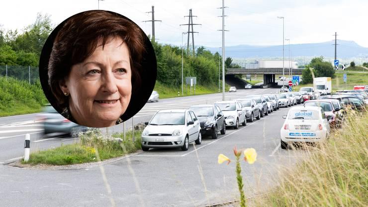 """«Ich komme da fast täglich vorbei und sehe, dass es an allen Ecken und Enden an genügend Parkplätzen fehlt"""", sagt SVP-Nationalrätin Sylvia Flückiger."""